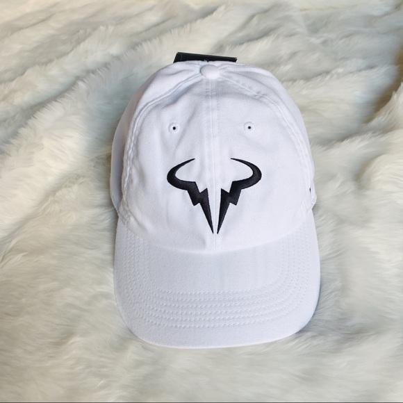 0c3275b07f0 Nike White Rafa Nadal Aerobill Hat
